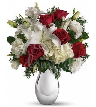 bouquet-di-rose-rosse-gigli-e-fiori-bianchi