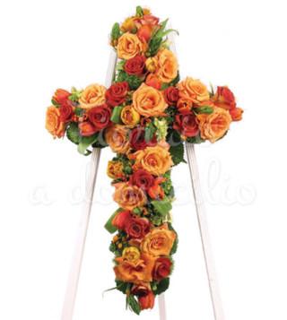 croce-funebre-di-rose-rosse-e-arancio